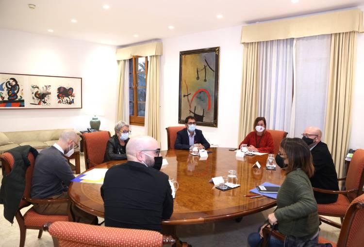 El Fòrum de la Societat Civil es reuneix amb la presidenta de les Illes Balears