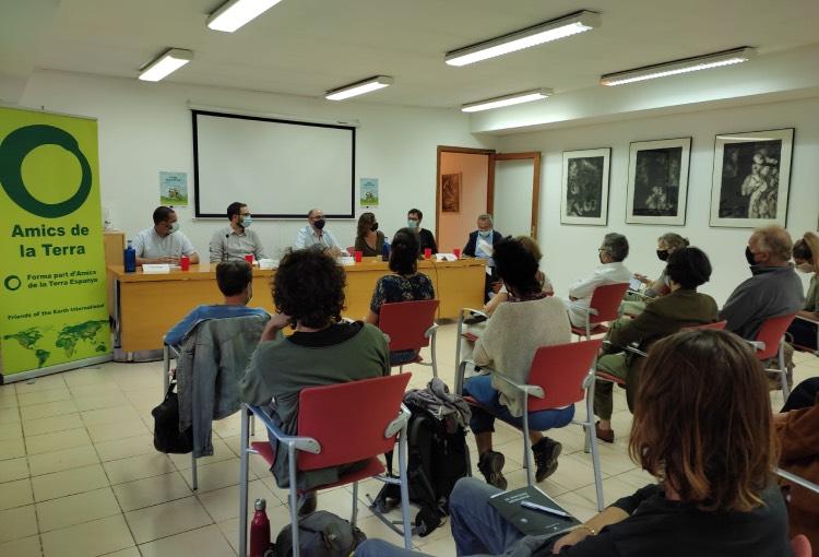 Entitats ecosocials acosten a la ciutadania el debat sobre l'ús dels Fons Europeus